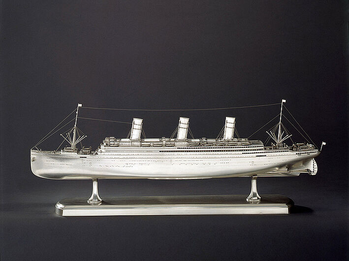 "Wilkens, Model of the Luxury Steamboat ""Imperator"", 1912. (Inv.Nr. Pro 64/53)"