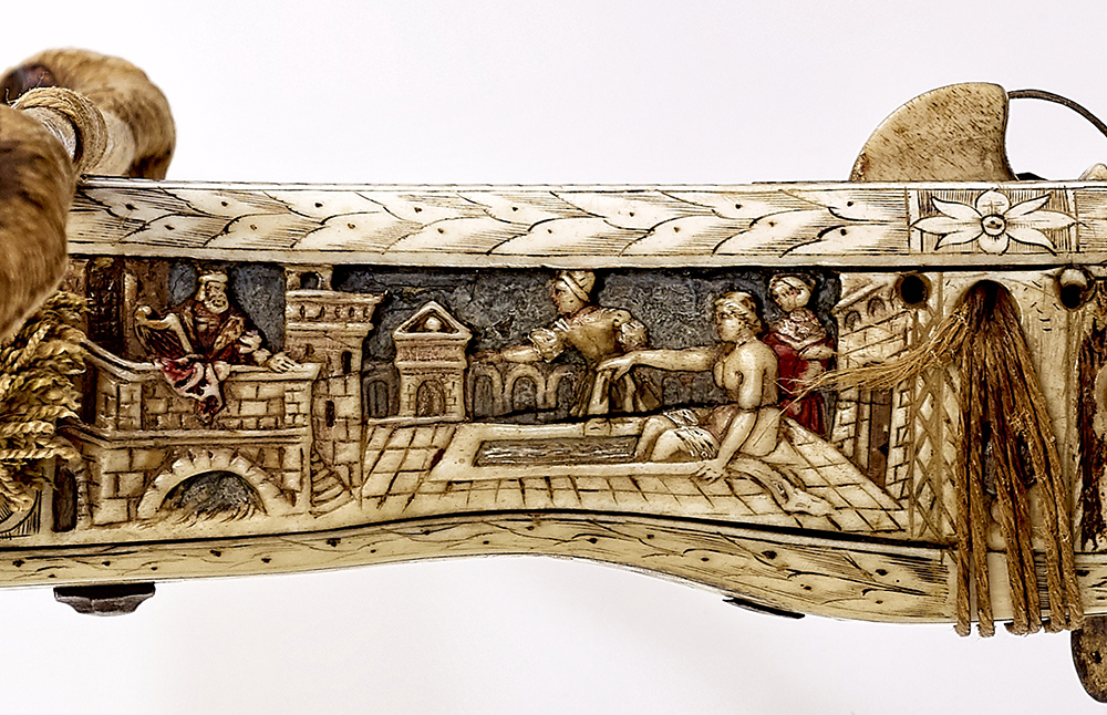 David watching Bathsheba, detail of crossbow (Halbe Rüstung) with polychrome relief decoration, southern Germany, 1567, inv. no. W 1132, © DHM