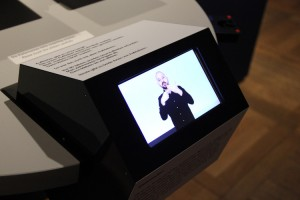 "Inclusive communication station in the exhibition ""Sticky Messages"""
