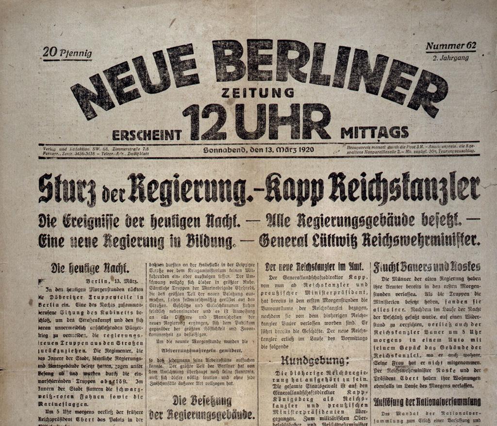 """Exponat: Zeitung: """"Sturz der Regierung. - Kapp Reichskanzler"""" Neue Berliner Zeitung, 1920"""