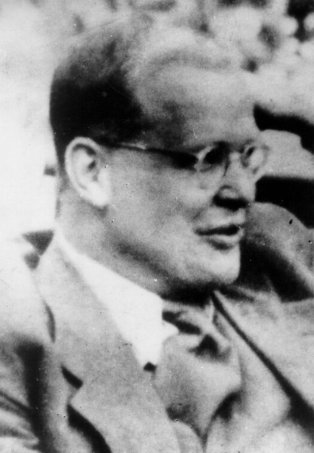 Lebenslauf Von Dietrich Bonhoeffer Pdf