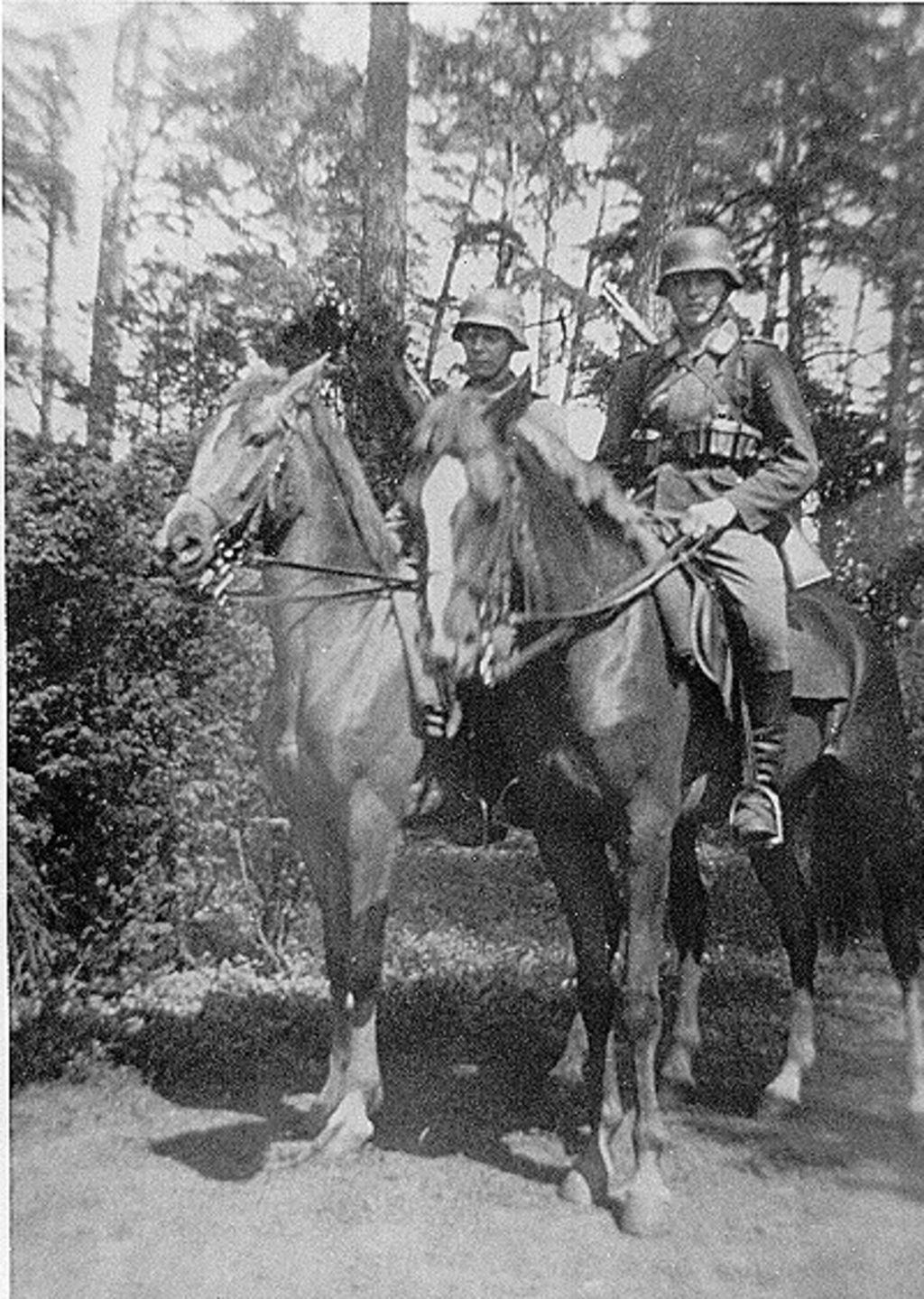 Lemo Zeitzeugen Friedrich Gerlach Meine Militarzeit Beim Reiterzug Carinhall