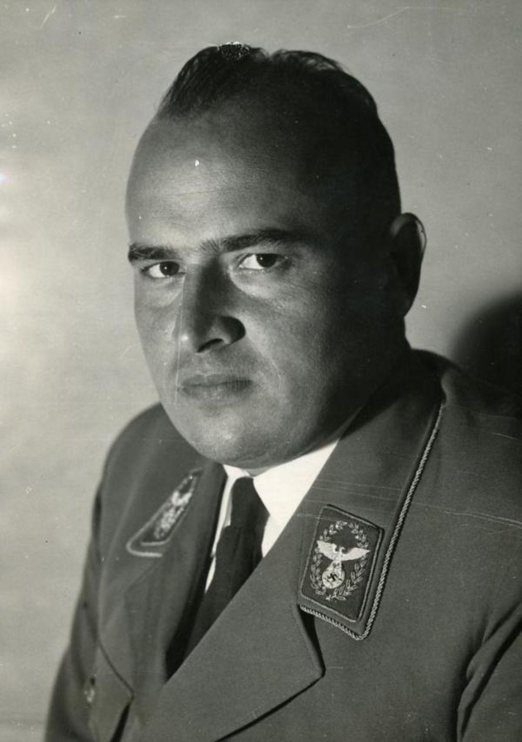 Lemo biografie biografie hans frank for Www frank