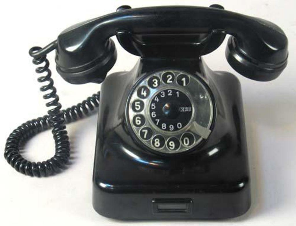 lemo bestand objekt telefon w38 mit w hlscheibe 1949 58. Black Bedroom Furniture Sets. Home Design Ideas